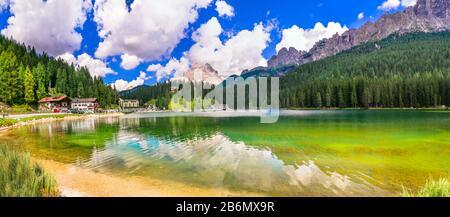 Magnifique lac de Misurina, vue panoramique, Italie du Nord.