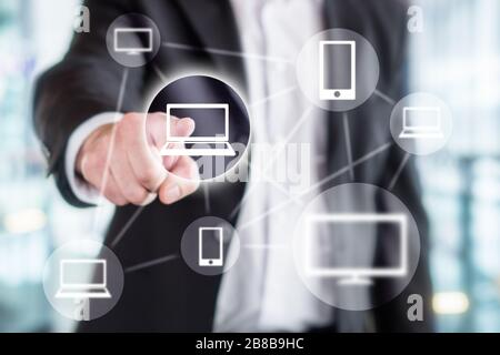 Technologie de l'information mondiale, réseau en ligne sans fil, marketing viral, partage sur les médias sociaux, Internet des objets et concept de blockchain.