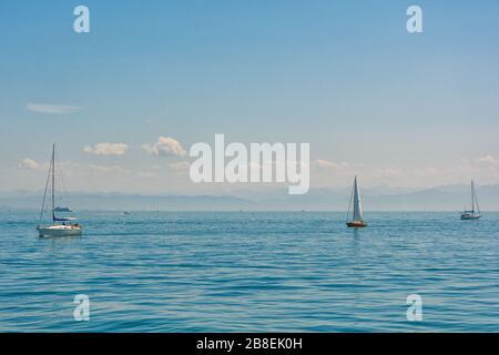 Bateaux à voile sur le lac de Constance Banque D'Images