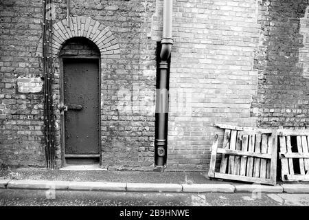 Ancien entrepôt près des quais de Liverpool, Angleterre, Royaume-Uni Banque D'Images