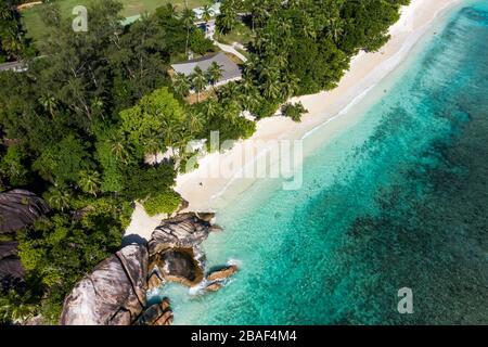 Plage d'Anse Royale à l'île Mahe Seychelles