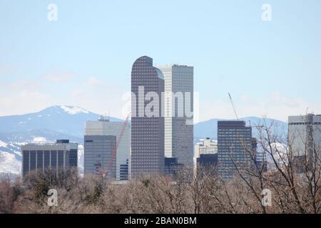 Vue sur le centre-ville de Denver depuis City Park, Denver, Colorado, États-Unis Banque D'Images