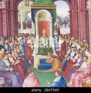 SIENNE, ITALIE - 10 JUILLET 2017 : fresque dans la bibliothèque Piccolomini de la cathédrale de Sienne, par Pinturicchio représentant Enea Silvio Piccolomini faisant un acte de subsub Banque D'Images