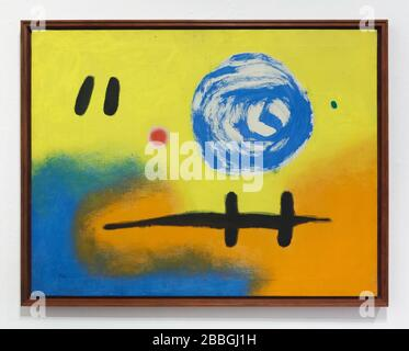 Peinture du peintre moderniste espagnol Joan Miró intitulée '2 + 5 = 7' (1965) exposée dans la Fundació Joan Miró (Fondation Joan Miró) à Barcelone, Catalogne, Espagne. Banque D'Images