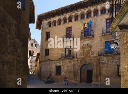 SOS del Rey Catolico, province de Saragosse, Aragon, Espagne. La Casa de la Villa de style Renaissance du XVIe siècle, ou l'hôtel de ville de la Plaza de la Villa. S Banque D'Images
