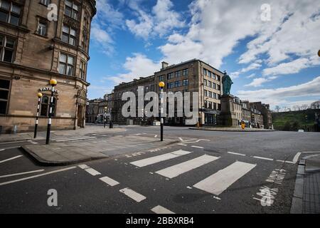 Rues vides d'Édimbourg pendant la quarantaine de Covid-19: Rue George