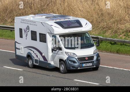 JustGo location de camping-car ; 2018 Fiat Rollerteam Auto-Roller 69 Touring Caravan and Motorhomes, camping-cars, véhicule de loisirs RV, vacances en famille, vacances, vacances en caravane, vie sur la route,