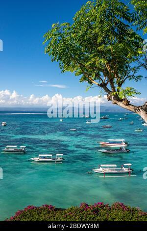 Vue verticale de l'île de Lembongan, Indonésie.