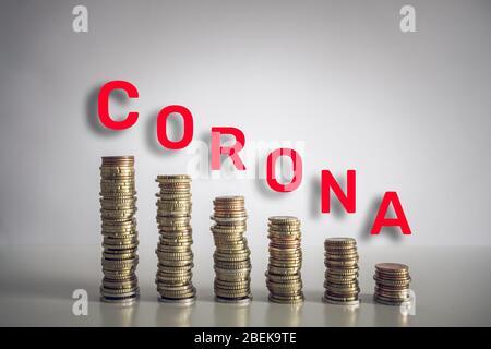 L'impact économique du coronavirus restera longtemps après la disparition de la maladie. De nombreux ménages luttent pour le moment sur le plan financier. Banque D'Images
