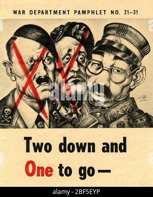 DEUX POSTERS DU département de guerre des États-Unis ET UN affiche POUR ALLER avec Hitler et Mussolini ont été à l'origine du fait que Hideki Tojo du Japon était seul à être vaincu. Le libellé à côté de ses colliers indique « Honary aryan » Banque D'Images