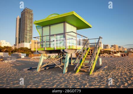 Stand de sauveteur à Miami Beach. Miami Beach, Floride, États-Unis. Banque D'Images