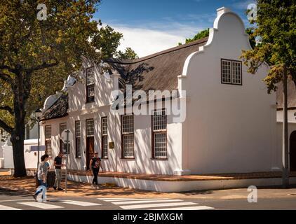 Afrique du Sud, Stellenbosch, Drostdy Street, Church House, construit à l'origine par Philip. Hartog 1753-87 restauré en 1961
