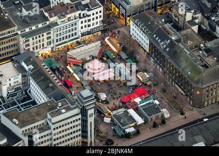 , marché de noël sur place Husemannplatz à Bochum, 23.11.2016, vue aérienne, Allemagne, Rhénanie-du-Nord-Westphalie, Ruhr Area, Bochum