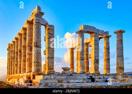 Ruines du temple de Poséidon au cap Sounion, péninsule Attique, Grèce Banque D'Images