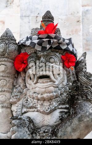 Statue religieuse en pierre Sanur Bali Indonésie Banque D'Images