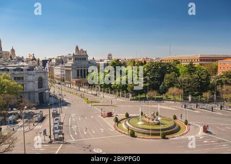 Madrid Espagne, ville d'horizon à la place de l'indépendance et la fontaine Cibeles personne vide