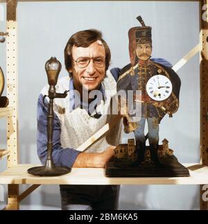 Technik für Kinder, Fernsehserie, Deutschland 1975 - 1980, Folge: Wie kann man Zeit messen, modérateur: Volker Arzt