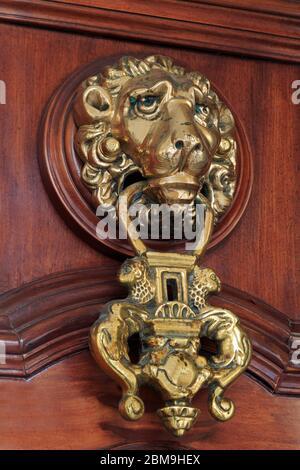 Porte de K.O. sur l'Hôtel de ville, la vieille ville, Cadix, Andalousie, Espagne, Europe