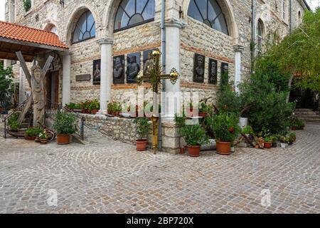 NESSEBAR, BULGARIE - 22 JUIN 2019 : détail de la façade de l'église 'Dormition of Theotokos'