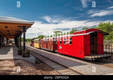 Train à la gare, Tingley Beach, Albuquerque, Nouveau-Mexique, États-Unis Banque D'Images