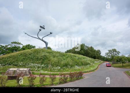 La sculpture Esprit de vol à l'écluse de Lanark commémorant le salon de l'aéronautique de Lanark de 1910.