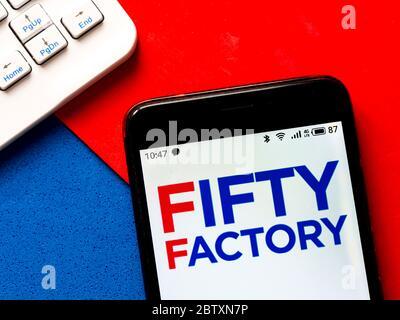 Ukraine. 28 mai 2020. Sur cette photo, un logo Fifty Factory apparaît sur un smartphone. Crédit: Igor Golovniov/SOPA Images/ZUMA Wire/Alamy Live News Banque D'Images