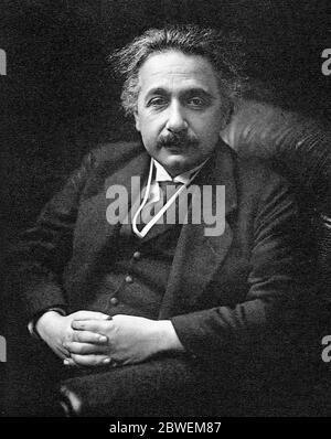 ALBERT EINSTEIN (1879-1955) physicien théorique né en Allemagne Banque D'Images