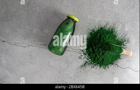 Boisson et poudre de spiruline