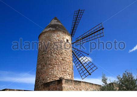 Ancien moulin à vent médiéval à Sineu, Majorque, Iles Baléares, Espagne Banque D'Images