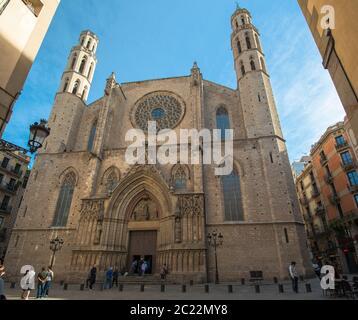 L'église Santa Maria del Mar (Sainte Marie de la mer) est un exemple remarquable de gothique catalan, construite en 1329-1383, quartier de Ribera, Barcelone, Espagne