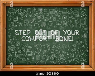 Sortez de votre zone de confort - tiré à la main sur le tableau noir. Sortez de votre zone de confort avec les icônes Doodle.