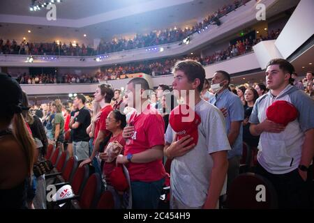 Phoenix AZ, États-Unis. 23 juin 2020. Étudiants de Trump à l'événement Turning point à l'église Dream City Church de Phoenix, Arizona, le 23 juin 2020. Banque D'Images