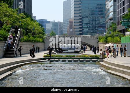 Séoul Corée du Sud - Parc du ruisseau Cheonggyecheon Banque D'Images