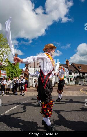 Morris Dancing, Stratford-upon-Avon, Warwickshire, Royaume-Uni Banque D'Images