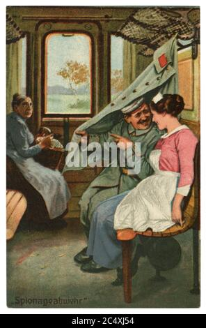 Carte postale historique allemande : humour militaire, « contre-intelligence » une femme âgée fait une fausse route avec un couple amoureux dans une voiture de train, la guerre mondiale 1914-1918