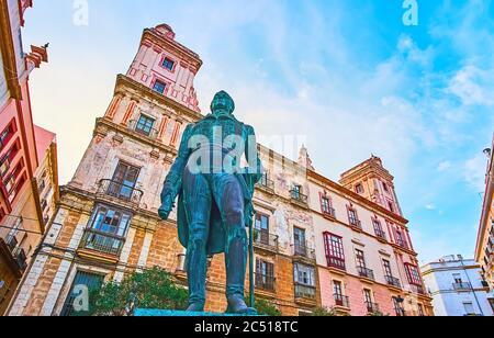 Le monument en bronze de Francisco de Miranda devant la Casa de las Cuatro Torres (Maison des quatre tours), la place Plaza Arguelles, C