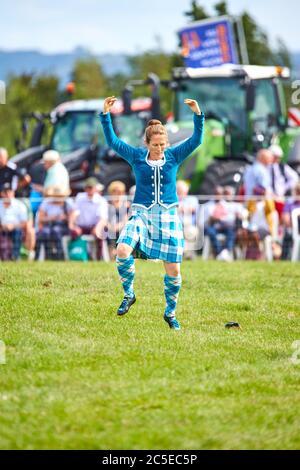 Highland Dancers se produisent au Bucks County Show 2019 à Weedon Park près d'Aylesbury Banque D'Images