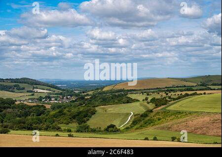 Vue sur South Downs Way depuis Clayton en direction de Devils Dyke au nord de Brighton, dans East Sussex, Royaume-Uni Banque D'Images