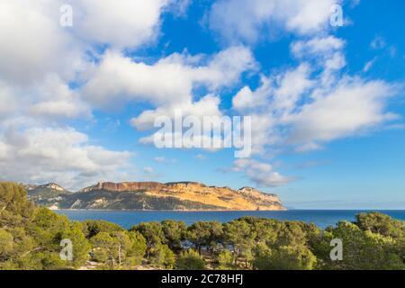 Vue du Parc National des Calanques au Cap Canaille, Cassis, Provence, France, Europe Banque D'Images