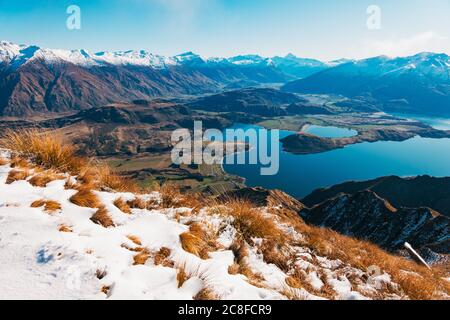 Vue sur le lac Wanaka en direction de Glendhu Bay depuis le Roys Peak Track, Nouvelle-Zélande