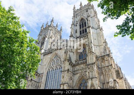 West Towers, York Minster, Precentor's court, York, North Yorkshire, Angleterre, Royaume-Uni