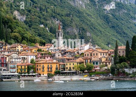 Italie. Lombardie. Lac de Côme. Le village coloré de Varenna