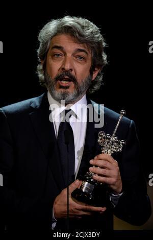 L'acteur argentin Ricardo Darin détient le prix Donostia Lifetime Achievement Award au Festival du film de San Sebastian, Espagne, le 26 septembre 2017. REUTERS/Vincent West