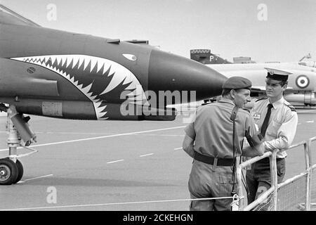 F4 avion de chasse Phantom II de la Royal Air Force Sur la base aérienne de Greenham Common English Banque D'Images