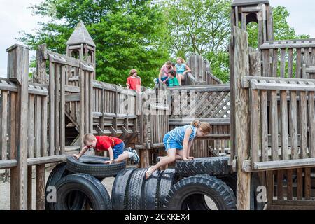 Virginia Newport News fort Fun terrain de jeu, enfant, enfants enfants enfants enfants enfants exercice de loisirs, jouer à l'extérieur, Américains,