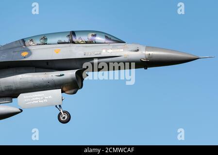 Un avion de chasse F-16 de l'armée de l'air belge à la base aérienne de Kleine-Brogel en Belgique.