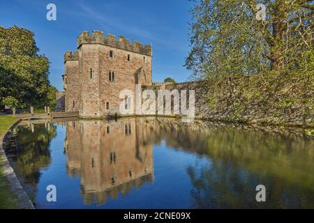 Le palais et douves historiques de l'évêque, la cathédrale de Wells, à Wells, Somerset, Angleterre, Royaume-Uni, Europe
