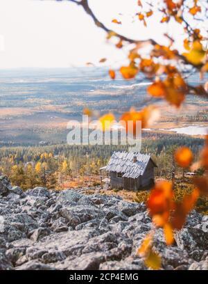 La cabane du Père Noël à Levi, en Finlande, est un joyau caché lors de la visite de la Laponie. Cette cabane a été construite pour le film Christmas Story (Joulutarina).