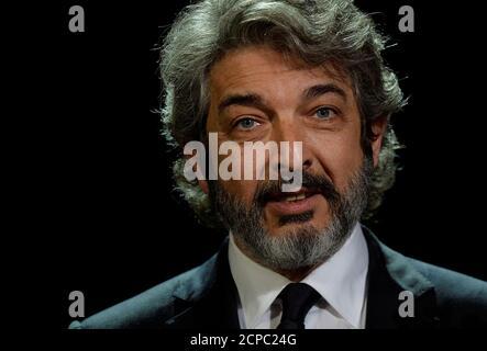 L'acteur argentin Ricardo Darin reçoit son prix Donostia Lifetime Achievement au Festival du film de San Sebastian, Espagne, le 26 septembre 2017. REUTERS/Vincent West