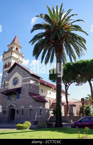 Arborea, Sardaigne, Italie. L'église Sainte Rédeemerr